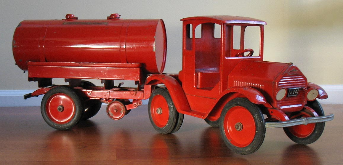 Free Antique Toy Appraisals Trucks Cars Space Toys Trains Banks