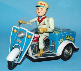 japan tin toys appraisals, vintage space toys appraisals, scarce japan tin toy space ships, antique space toys wanted highest prices paid, buddy l toys appraisals, antique toy appraisals,vintage tin robots,tin robots,appraisals,japanese space toys,japanese tin toys,toy appraisals,antique toy prices,buddy l,vintage toy trucks,wind-up toys,japan,tin toys,vintage space toys,battery operated toys
